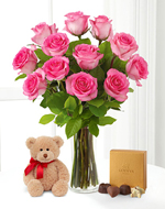 Pink Roses W/chocolates and Vase